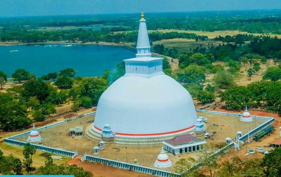 Solosmasthana : Swarnamali Maha Saya
