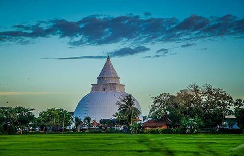 Solosmasthana Thissamaharamaya Temple